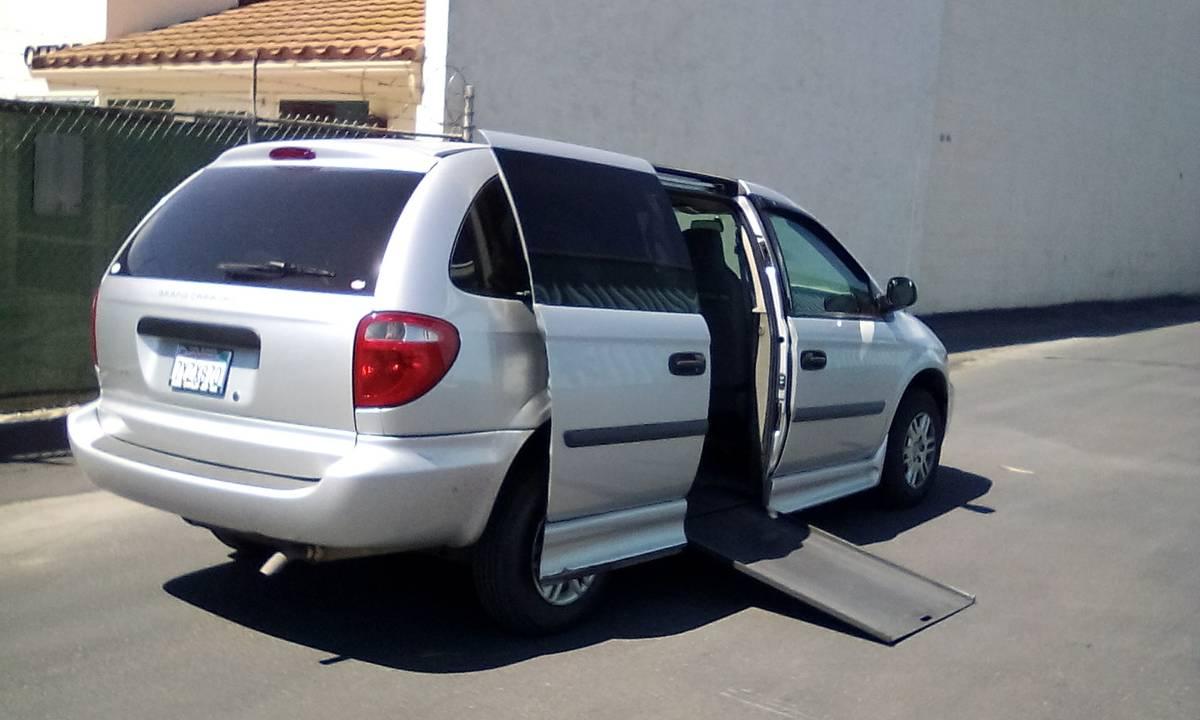 2006 Dodge Grand Caravan Handicap Van Wheelchair Conversion